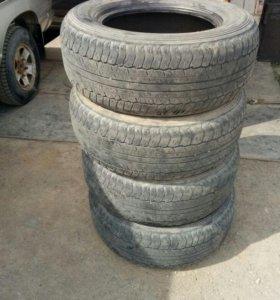 Резина Dunlop R17/265/65 летняя