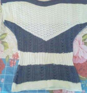 Блузки,балеро,светер безрукавка б/у по 250