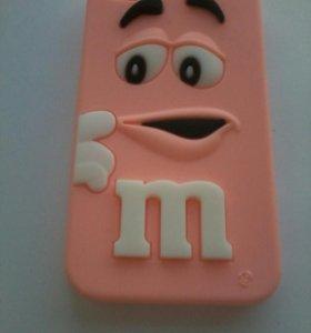 Чехол m&m на iPhone 4s