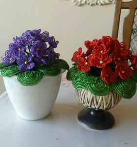 Цветы из бисера фиалки