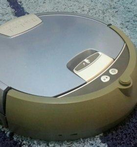 Моющий робот-пылесос iRobot Scooba 385