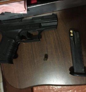 Травматический пистолет Walther