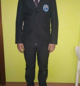 Школьный пиджак для мальчиков