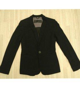 Пиджак Zara Basic S размер трикотажный