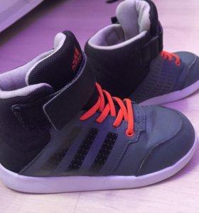 Кроссовки adidas детские  кеды