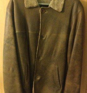 Мужская кожаная куртка р-р 48