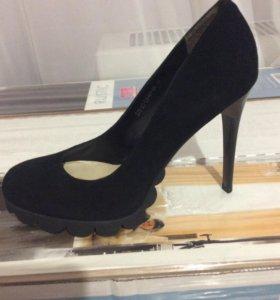 Туфли женские , каблук 10 см