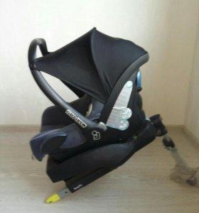АвтоКресло и переноске для ребенка