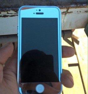 Продам айфон 5 на 16г