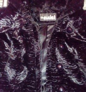 Пальто демисезонное 60 р-р