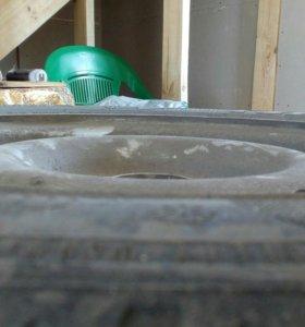 Колеса с шинами и дисками
