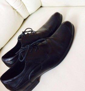 Туфли 44 размер кожа фирменные