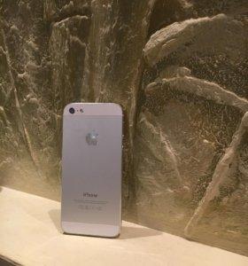 iPhone 5 - 16gb серебристый