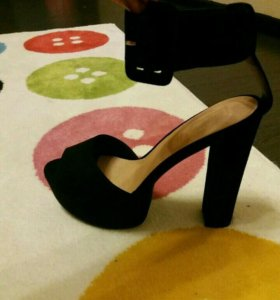 Новые туфли размер 38.5-39