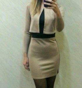 Новое платье на размер 40-42