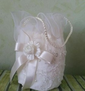 Свадебная сумочка. Статуэтка в подарок)