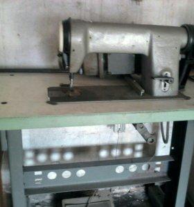 Продам швейную машинку 97а класса