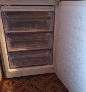Продаю холодильник Beko