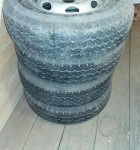 Продам колеса 4 шт DUNLOP 185/75/R14