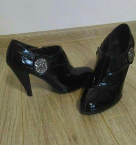 Ботинки,туфли лаковые