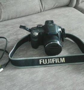 Фотоаппарат Fujifilm FinePixe SL300
