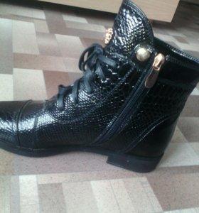 Ботинки Демисизонные, чёрные,