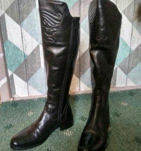 Натуральные кожаные сапоги-ботфорты
