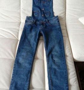 Джинсовый комбинезон, джинсы