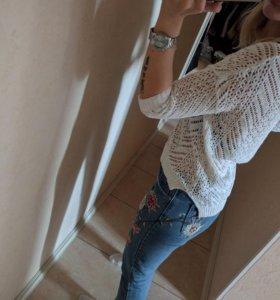 Пуловер в дырочку