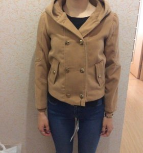Продам новое пальто р-р 40-42