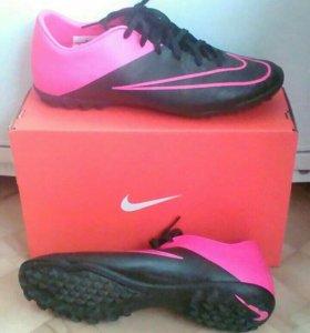 Бутсы-Обувь спортивная для футбола