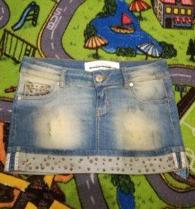 Джинсовая юбочка с шипами