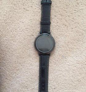Сенсорные электронные часы, без стекла.