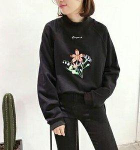 Свитшот с лилиями