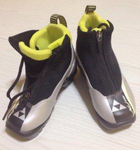 Беголыжные ботинки Fisher