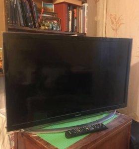 Телевизор Samsung Smart 32 дюйма