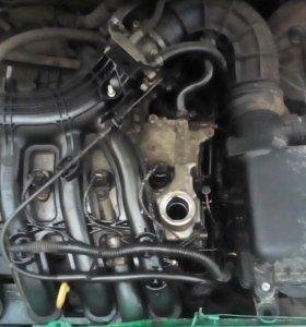 Мотор и коробка от приоры