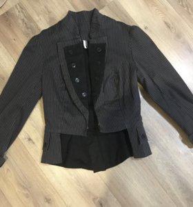 Пиджак,кофты,накидка,свитер