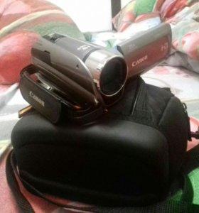 Видеокамера Canon Legria HFR 205