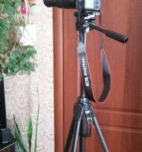 Canon EOS 1100D double zoom kit