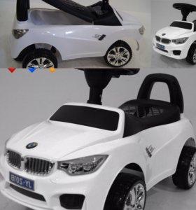Каталка толокар BMW белая, руль музыкальный