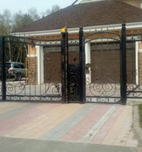 Балкон ворота
