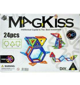 Магнитный конструктор MagKiss (24 детали)