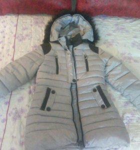 Зимняя куртка на девочку на 6-7лет