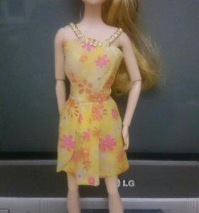 Кукла барби ( шарнирная)