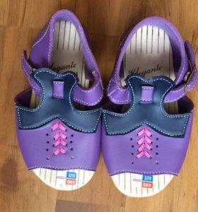 Новые Летние туфли для девочек 25 размер