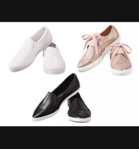 Новые туфли, в наличии черные,немного маломерят