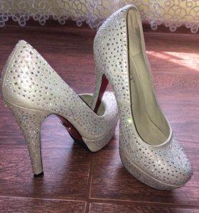 Туфли, в отличном состоянии, 38 размер