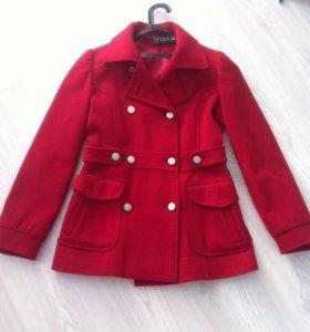 Пальто женское осень-весна,укороченное