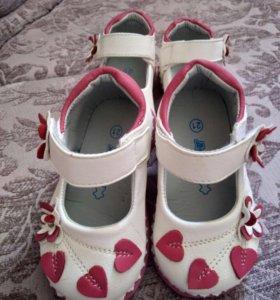 Детские закрытые туфли